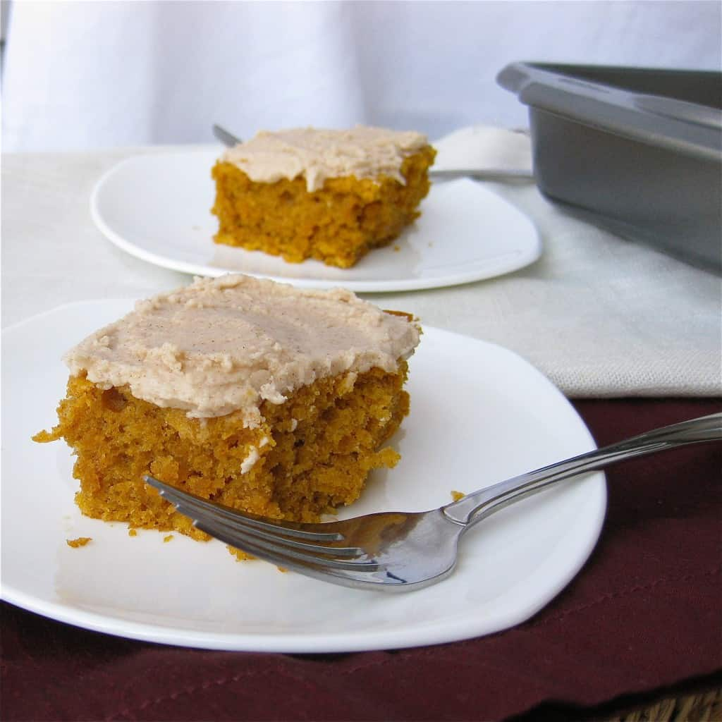 Eggless pumpkin spice cake recipe