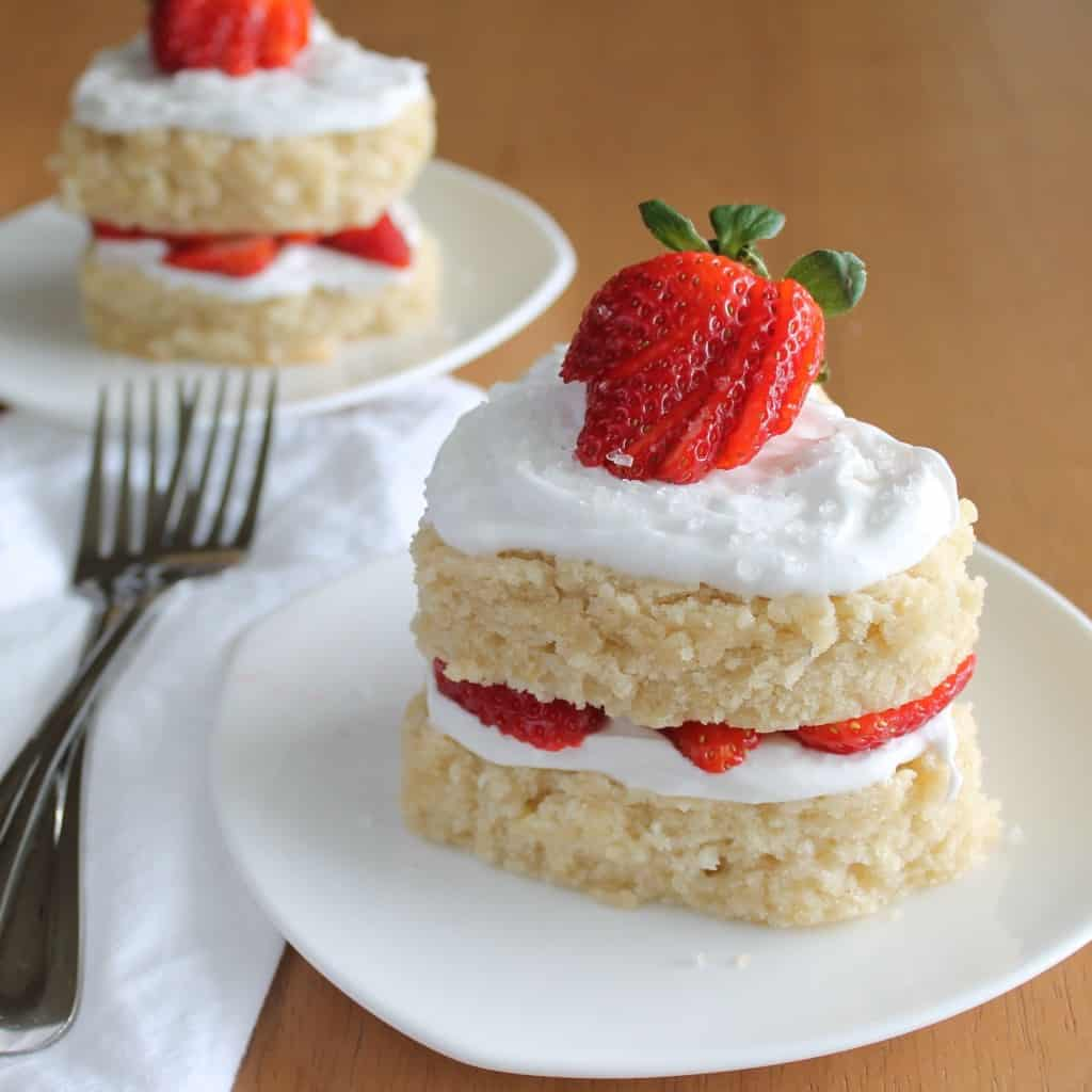Lemon Strawberry Sweetheart Cakes