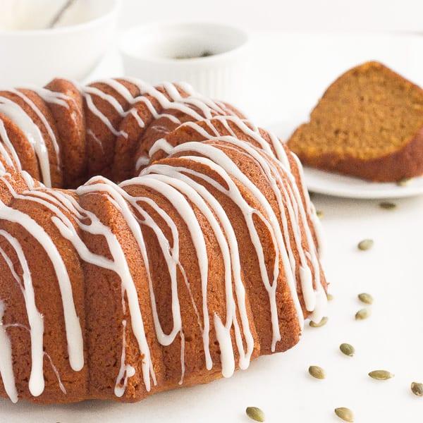 Vegan Pumpkin Spice Bundt Cake